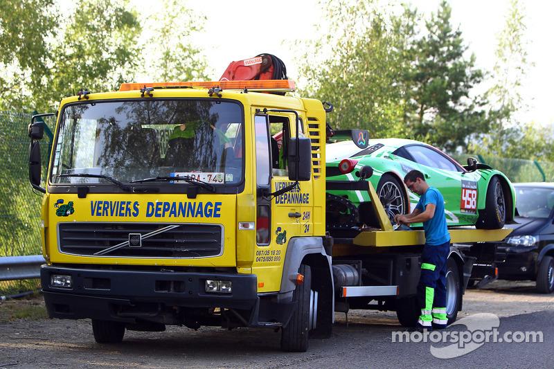 损坏的赛车,#458 GT Corse by Rinaldi,法拉利 458 Italia: Alexander Mattschull, Roger Grouwels, Tim Muller, Pie
