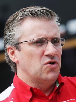 Pat Fry, Director técnico de Ferrari adjunto y jefe de carrera Ingeniería.
