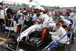 Felipe Massa, Williams FW36 on the grid.