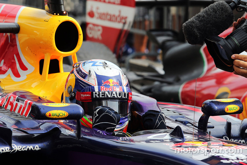 Daniel Ricciardo, Red Bull Racing RB10 celebrates in parc ferme