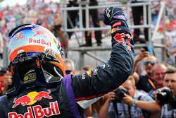 Daniel Ricciardo, Red Bull Racing celebra en parc ferme