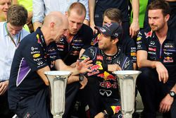 Daniel Ricciardo, Red Bull Racing celebrates with Adrian Newey, Red Bull Racing Chief Technical Officer and the rest of the team