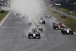 Start of the race, Nico Rosberg, Mercedes AMG F1 Team