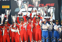 #51 AF Corse Ferrari 458 Italia: Cedric Mezard, Peter Mann, Francisco Guedes, #22 Team Parker Racing
