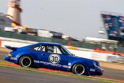 #30 Porsche 911 RSR: Bruce White