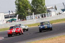 #50 Lotus Elan S2: Richard Bateman, Roger Barton, #85 TVR Grantura: Mark Ashworth, Simon Ashworth