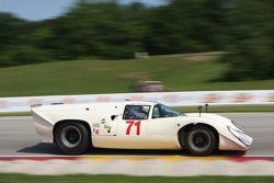 #71 1968 Lola T70 Mk IIIb coupe: William Thumel