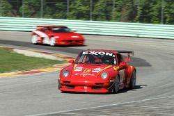 #18 1994 Porsche 993 RSR: Mark Congleton