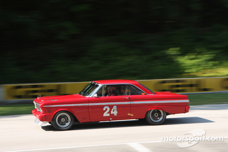 #24 1965 福特 Falcon: 兰达尔·邓菲