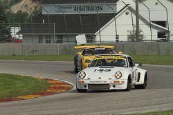 #143 1974 Porsche 911 RSR: Brian Pettey