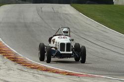 #66 1933 Ford Indy Special:Rex Barnett