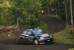 雅科·尼卡拉和雅科·卡里奥勒坡,M-Sport福特嘉年华WRC