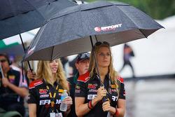 EFFORT Racing Reklam kızı