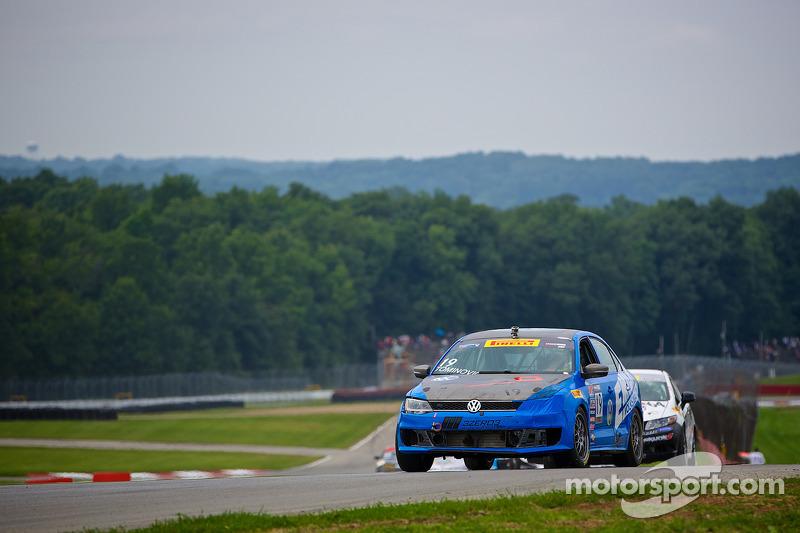 #19 Emich Racing Volkswagon捷达 GLI: Emilee Tominovich