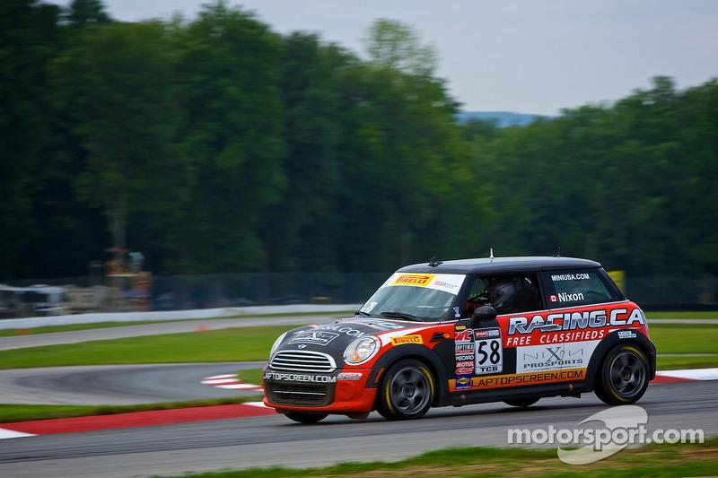 #58 Racing.ca MINI 库珀: 格伦·尼克森