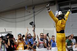 Vainqueur: Tom Blomqvist, Jagonya Ayam avec Carlin Dallara F312 Volkswagen