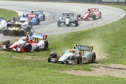 Tony Kanaan, Chip Ganassi Racing Chevrolet spins