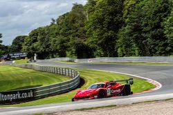 #31 Bamd Ferrari 458 Challenge: Darren Nelson, Nigel Greensall