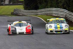#24 Newbridge Motorsport: Guillaume Gruchet - #2 Neil Garner Motorsport Mosler MT900 GT3: Javier Mor