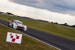 #21 Strata 21 阿斯顿马丁 Vantage GT3: 汤姆·奥斯洛-科尔, 保罗·怀特