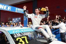 Winnaar Jose Maria Lopez, Citroen C-Elysée WTCC, Citroen Total WTCC