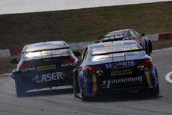 Lea Wood, Houseman Racing chases Aiden Moffat, Laser Tools Racing