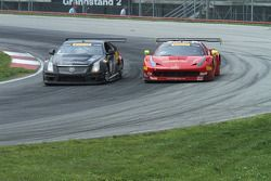 Anthony Lazzaro, Ferrari 458 GT3 et Andy Pilgrim, Cadillac CTS-V.R