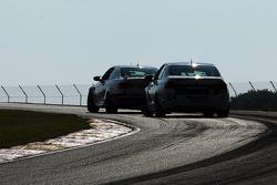 #84 BimmerWorld Racing 宝马 328I:詹姆斯·克莱, 贾森·布里迪斯 和 #46 Fall-Line Motorsports 宝马 M3 Coupe: 特伦特·欣德曼, 约翰·