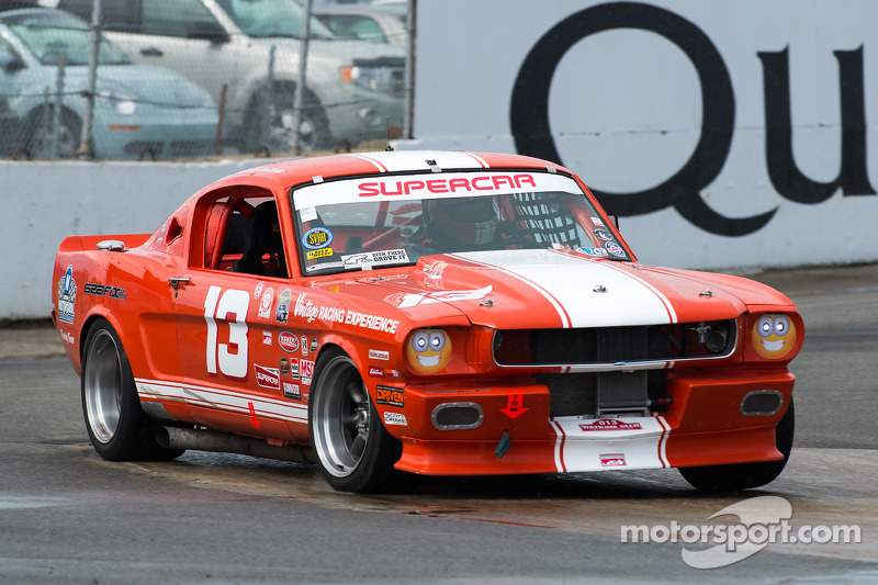 #13 Ford Mustang
