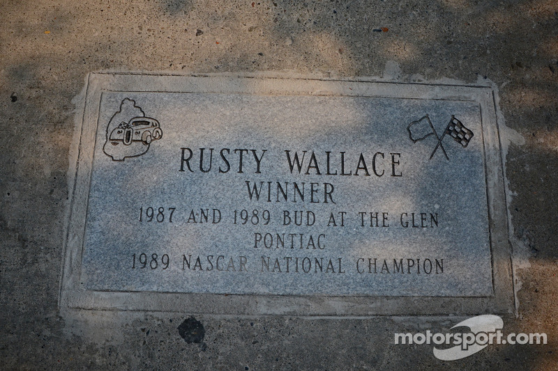 Rusty Wallace commemorative plaque enscribed with his Glen accomplishments