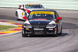 #82 BimmerWorld Racing 宝马 328i: 丹尼尔·罗杰斯, 塞斯·托马斯