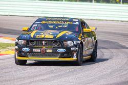 #32 Phoenix American Motorsports Mustang Boss 302R: Kurt Rezzetano, Andrew Aquilante