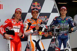 Pole position Marc Marquez, segundo lugar Andrea Dovizioso, terceiro lugar Jorge Lorenzo