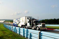 日耳曼雪佛兰车队凯西·米尔斯的货柜车