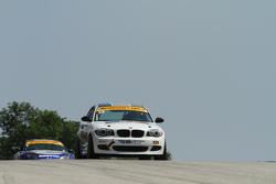 #23 Burton Racing 宝马 128i: 特里·博尔切勒, 迈克·拉马拉