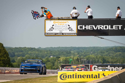 #01 CKS Autosport Camaro GS.R: Lawson Aschenbach, Eric Curran : Vainqueurs