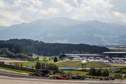 Esteban Ocon, Prema Powerteam Dallara F312 Mercedes, Roy Nissany, kfzteile24 Mücke Motorsport Dallara F312 Mercedes, Felix Serrales, Team West-TecF3 Dallara F312 Mercedes