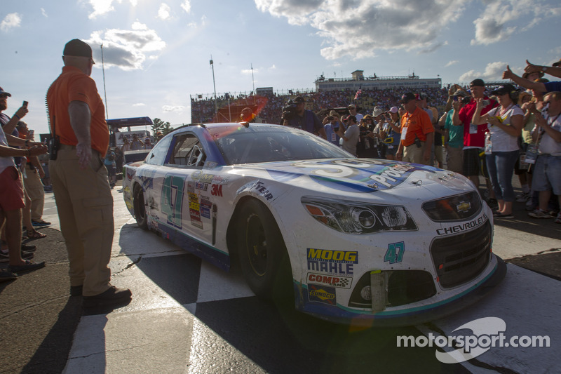 Vainqueur: A.J. Allmendinger, JTG Daugherty Racing Chevrolet