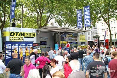 Cologne showcase