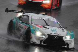 #36 Lexus Team Petronas Tom's Lexus SC430: Kazuki Nakajima, James Rossiter