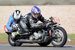 Russell Bleach,和Penny Daws, Norton 750cc