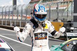 Pole for Marco Wittmann, BMW Team RMG BMW M4 DTM
