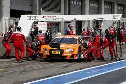 Arrêt au stand : Jamie Green, Audi Sport Team Abt Sportsline Audi RS 5 DTM