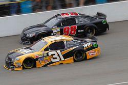 Ryan Newman, Richard Childress Racing Chevrolet en Josh Wise, Mike Curb Ford
