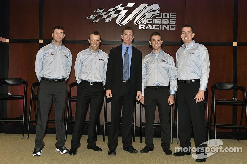 2015: Wechsel zu Joe Gibbs Racing