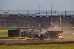 #43 Hoonigan Racing Division Ford Fiesta ST: Ken Block, #77 Volkswagen Andretti Rallycross Volkswage