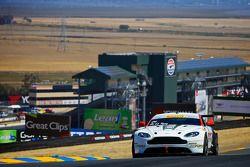 #04 TRG AMR Aston Martin Vantage GT4: Jorge De La Torre