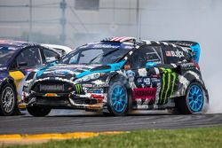 Last corner: #43 Hoonigan Racing Division Ford Fiesta ST: Ken Block does a spectacular drift to keep
