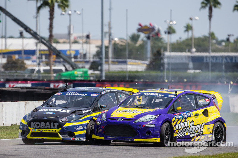 #18 Olsbergs MSE Ford Fiesta ST: Patrik Sandell and #00 Royal Purple Racing / OMSE2 Ford Fiesta ST: Steve Arpin sofre vários toque na largada