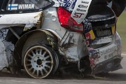 #31 Olsbergs MSE 福特嘉年华 ST: 乔尼·威曼 will race for 3 laps 和out a left rear tire